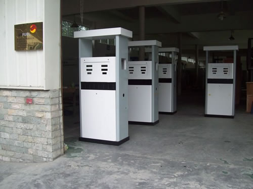 Natural gas filling station equipment